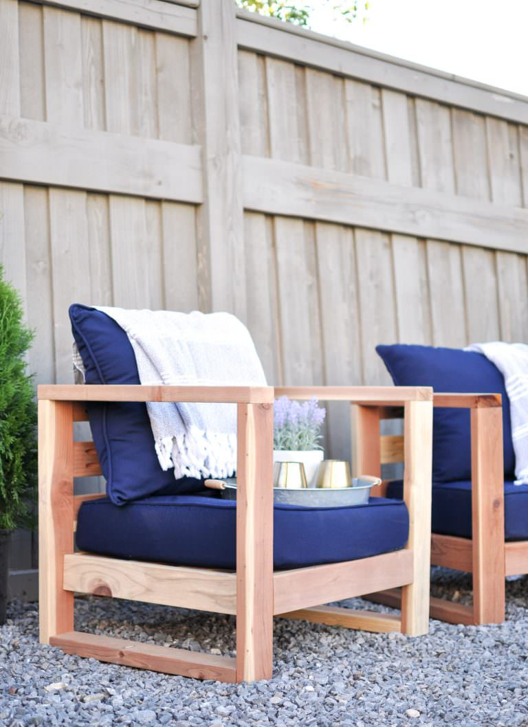 These outdoor chair plans come from Stacy at 'Not Just a Housewife'. What  we love about this DIY outdoor chair tutorial is that she lays out the  chair step ... - Easy DIY Outdoor Garden & Patio Furniture The Garden Glove