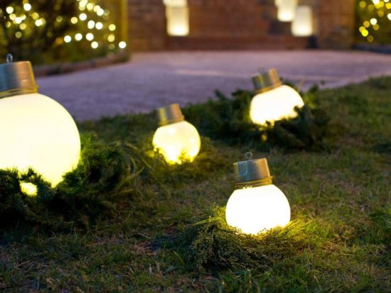 Awesome DIY Christmas Yard Decorations