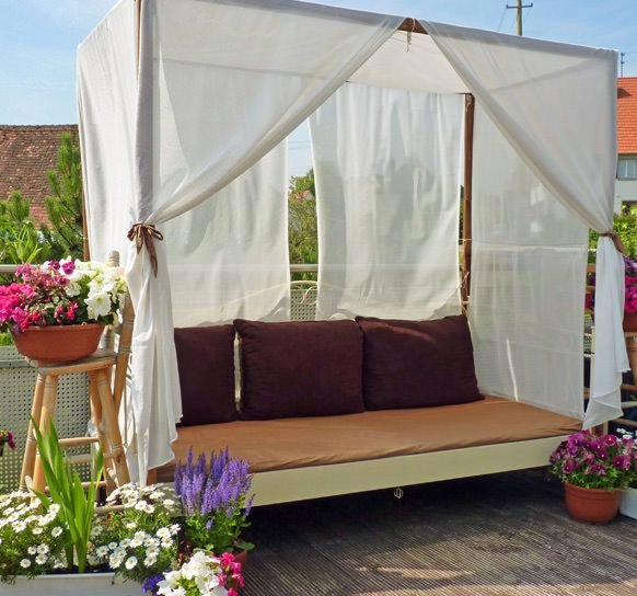 Diy Outdoor Cabanas Add A Little Quot Resort Quot To Your