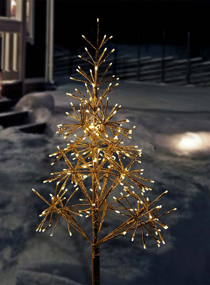 New & Trending Outdoor Christmas Lights You're Gonna Want ...
