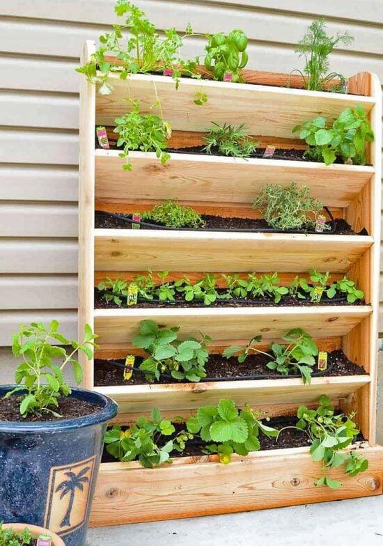 15 DIY Vertical Vegetable Garden Ideas & Projects